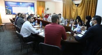 رئيس وحدة المظالم يؤكد على حسن استقبال جمهور المراجعين والمبادرة في خدمتهم وتيسير معاملاتهم