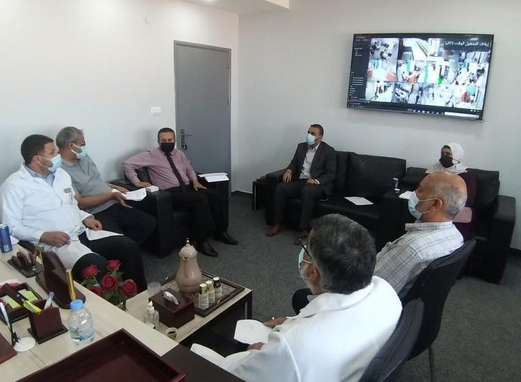 نيابة خانيونس الجزئية وإدارة مستشفى ناصر الطبي يؤكدان على تعزيز الخدمات للمواطنين تسير معاملاتهم
