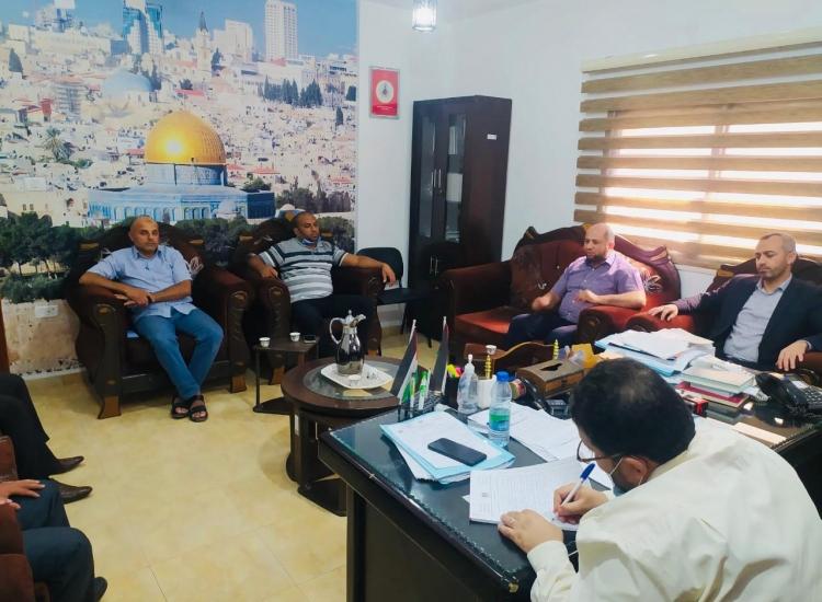 نيابة رفح الجزئية تجتمع بدائرة مباحث المرور في قطاع غزة